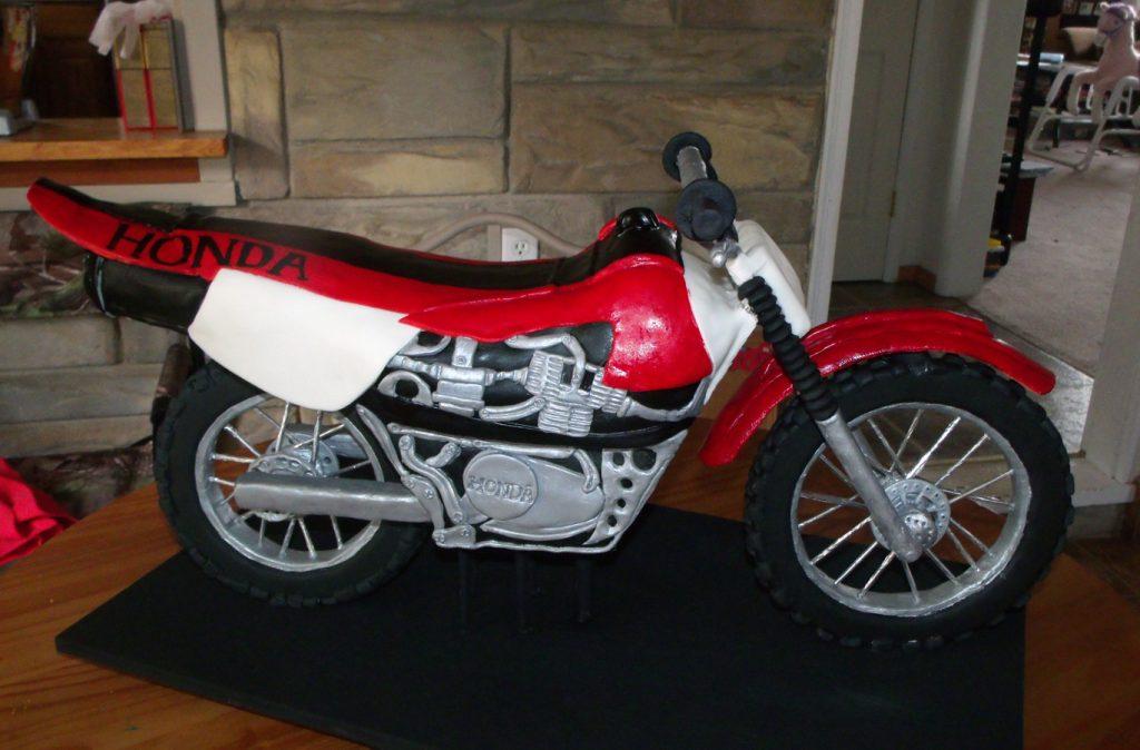 3D Dirt Bike Cake Honda Red