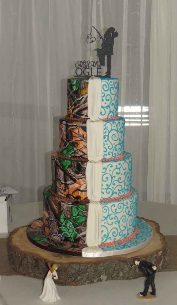 Camo Turquoise Coral Wedding Cake Duo