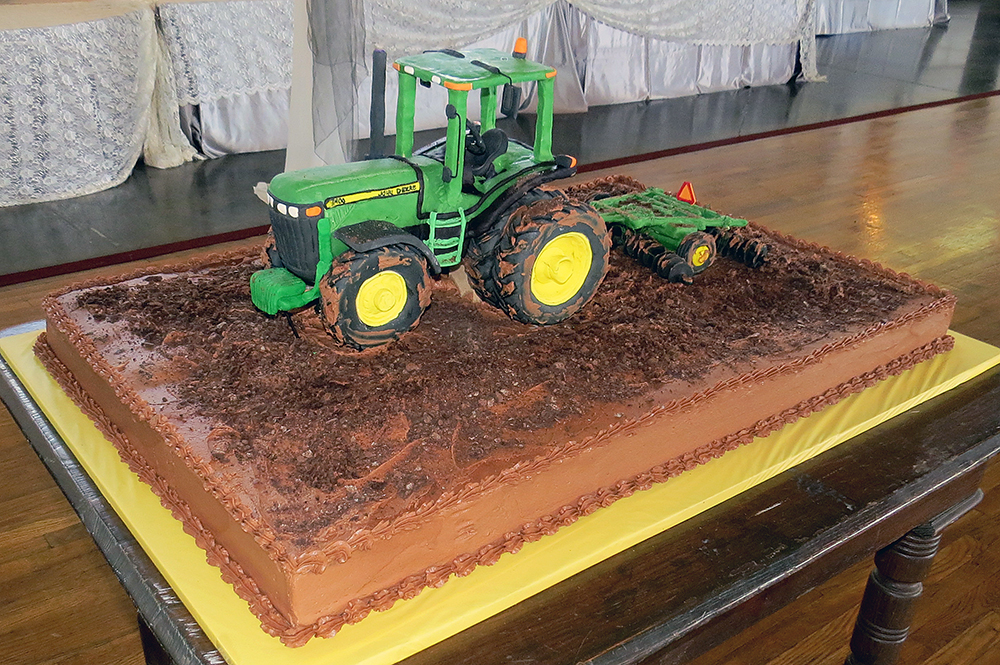 Tractor & Disk 3-D Grooms Cake