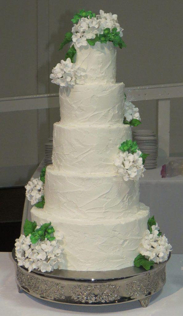 White Hydrangeas Buttercream Wedding Cake