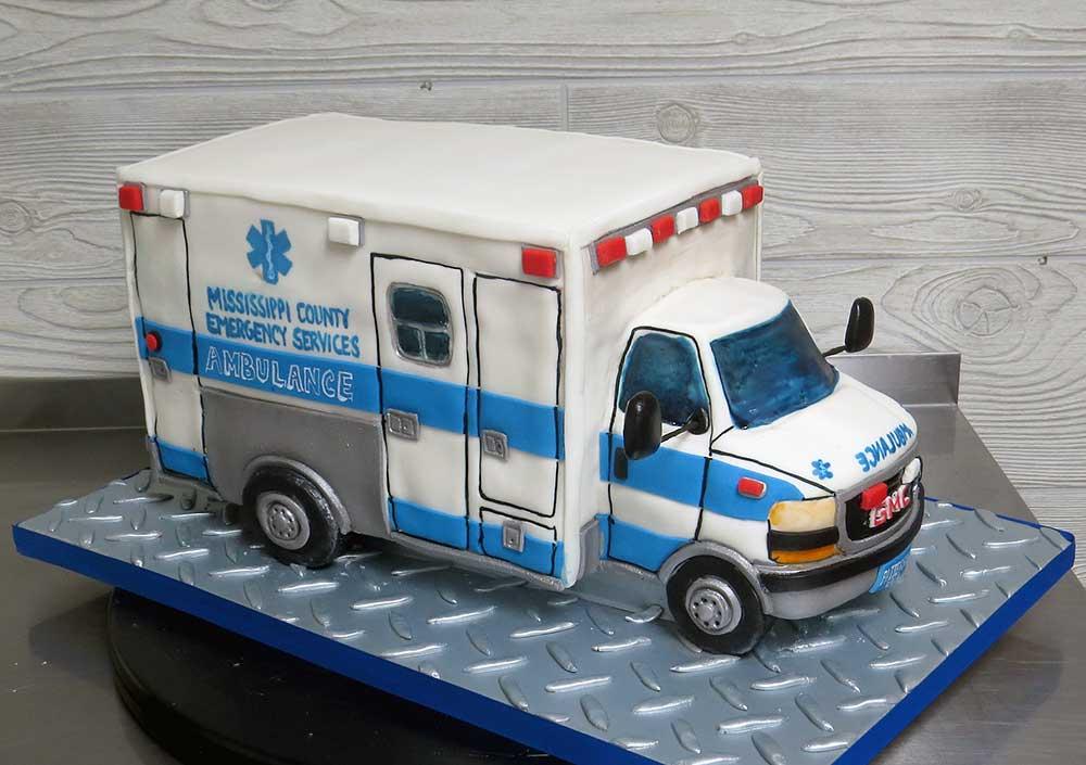 3D Ambulance Cake