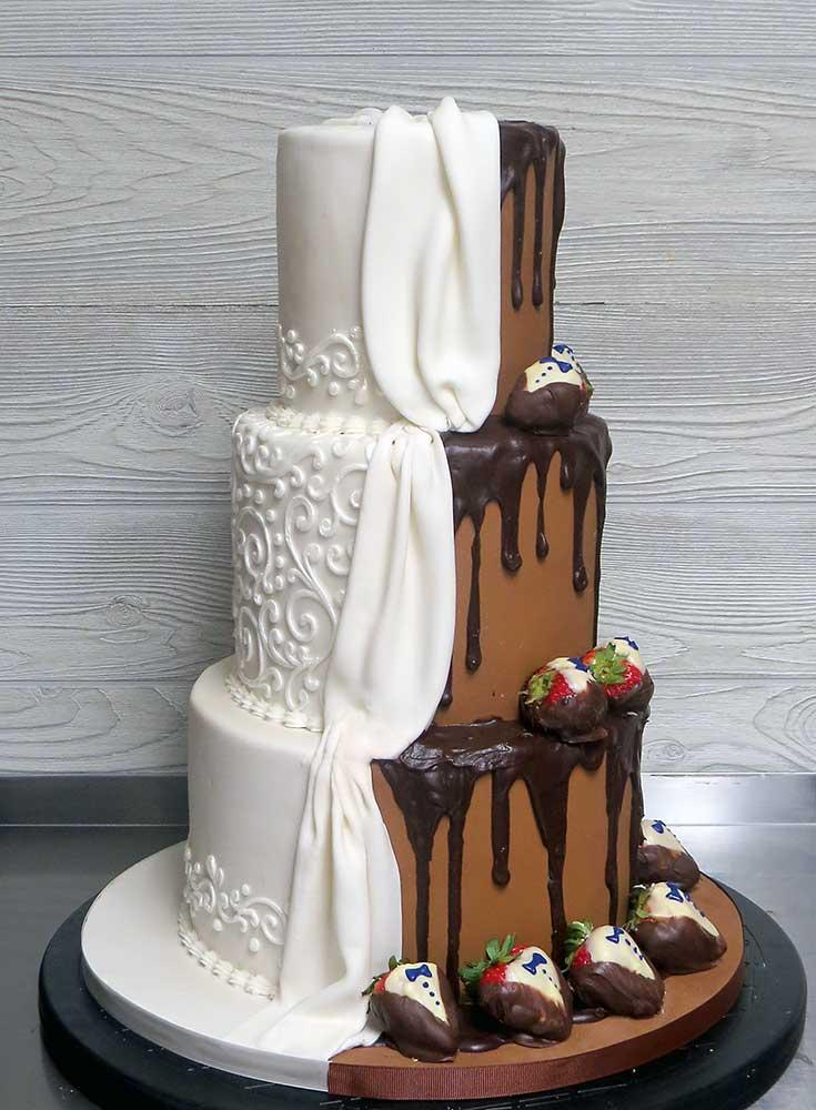 Bride Groom Wedding Cake Duo