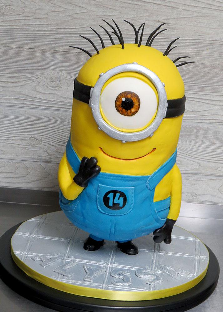3-D Minion Cake