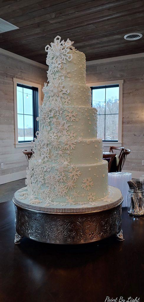 Winter Snow Wedding Cake