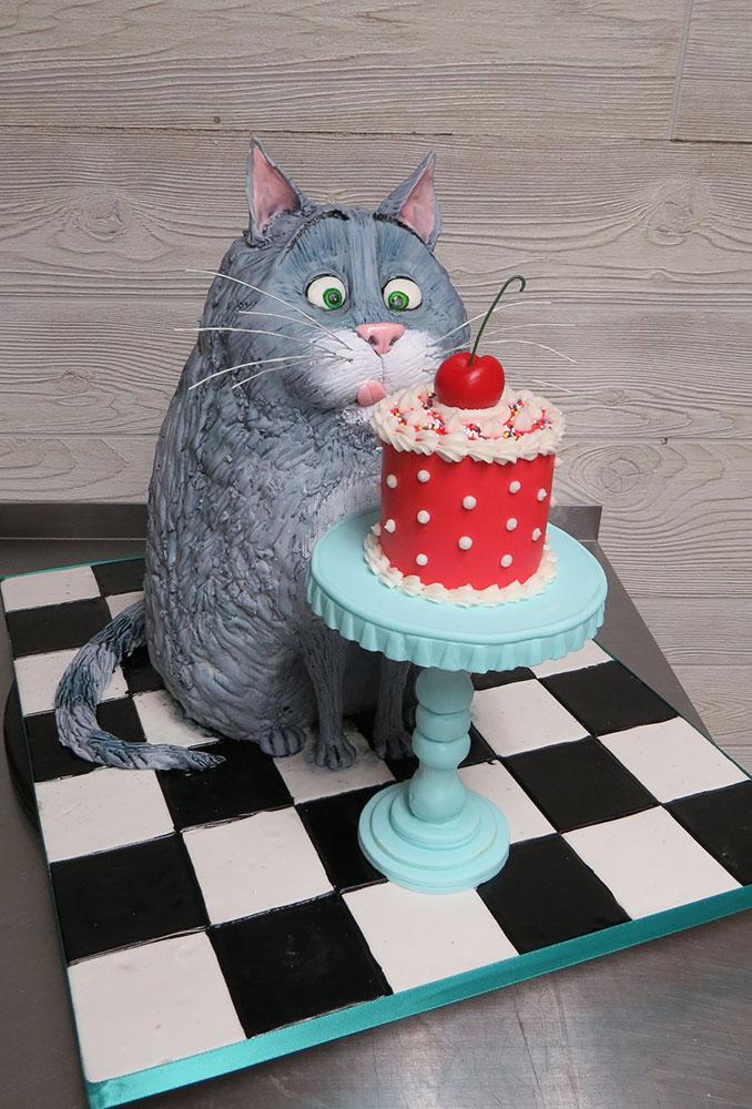 Chloe Cat Secret Life of Pets Cake