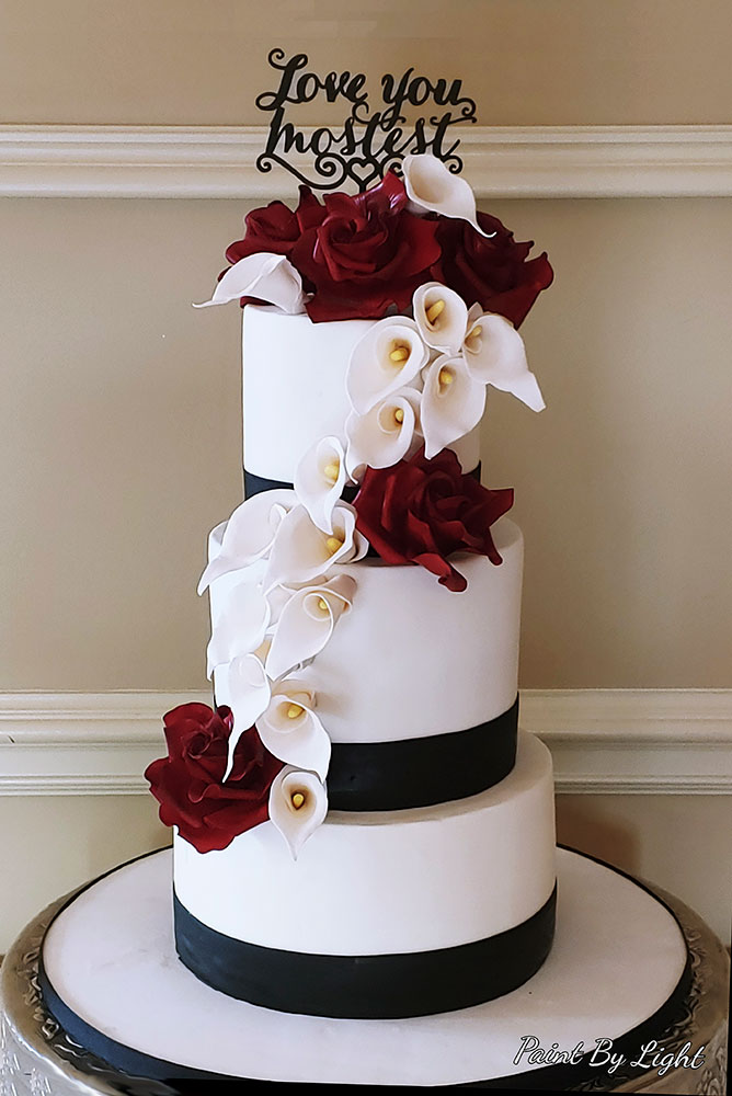 Red Roses Calla-Lilies Wedding Cake