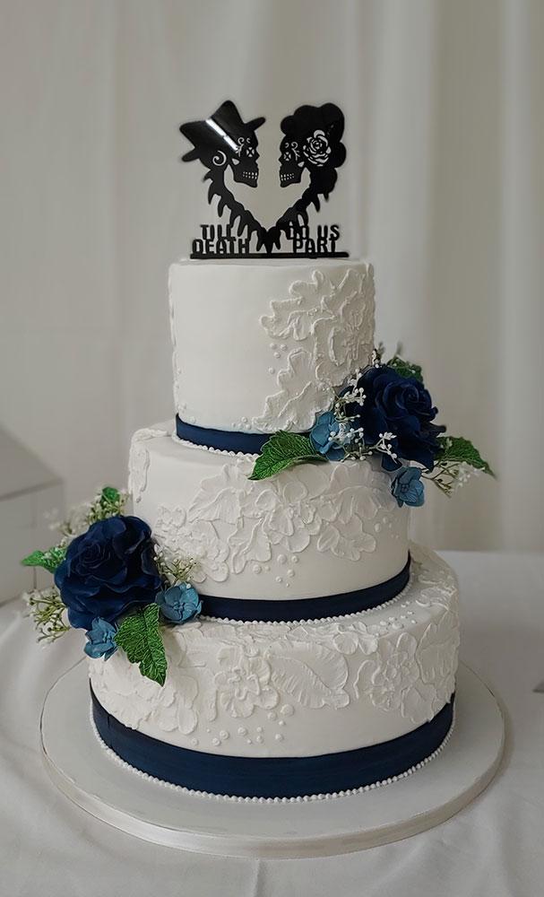 Navy Roses White Lace Wedding Cake